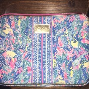 New! Lilly Pulitzer Tech Sleeve